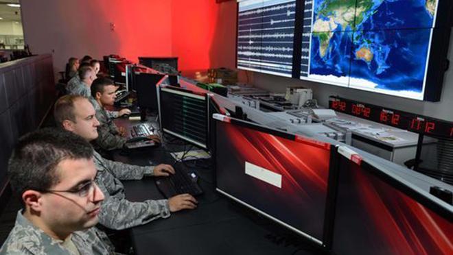 Bên trong căn phòng giám sát các vụ nổ hạt nhân trên toàn thế giới