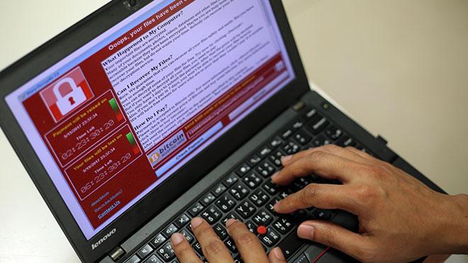 Làm gì để ngăn chặn mã độc WannaCry cực kỳ nguy hiểm?