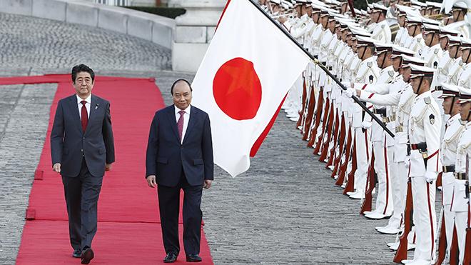 HÌNH ẢNH Lễ đón chính thức Thủ tướng Nguyễn Xuân Phúc thăm Nhật Bản