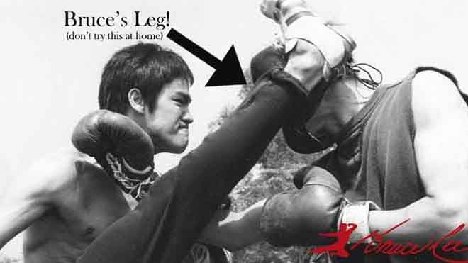 VIDEO: Cả đời huyền thoại võ thuật Lý Tiểu Long chỉ thua một trận