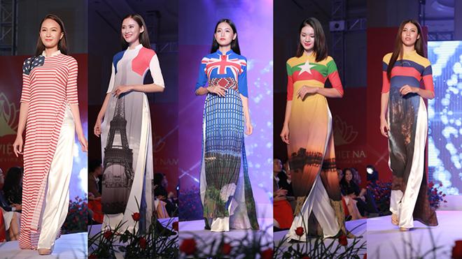 Đại sứ nước ngoài xúc động với hình ảnh quốc kỳ trên 56 tà áo dài Việt Nam