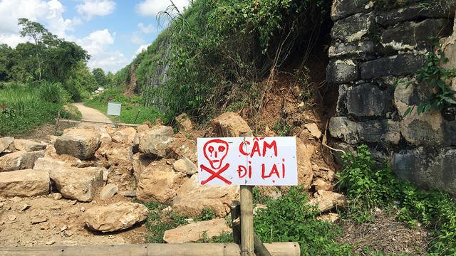 Thanh Hóa: Tường Thành nhà Hồ bị sạt lở, nhiều đoạn xô nghiêng sau bão số 10