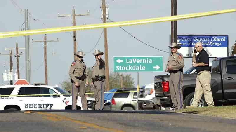 Vụ xả súng làm 27 người chết tại bang Texas: Hung thủ là cựu Không quân Mỹ?