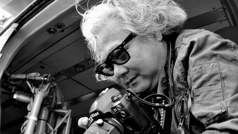 Cuốn sách ảnh vô giá về biển đảo Việt Nam của nhiếp ảnh gia Giản Thanh Sơn