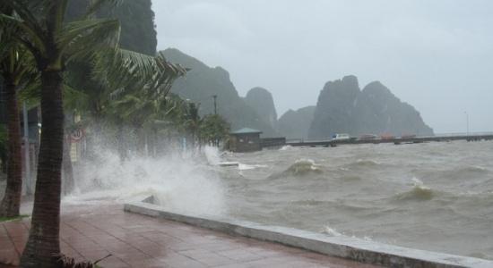 Bão số 3, Bão mới nhất, Tin bão, Tin bão mới nhất, tin bão số 3, Cơn bão số 3, Áp thấp nhiệt đới, Bão Sơn Tinh, Cơn bão số 3 2018, Dự báo thời tiết, trực tiếp bão số 3