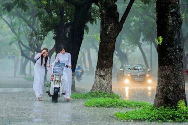 Rãnh áp thấp nối với vùng áp thấp, miền Bắc những ngày tới mưa rất to