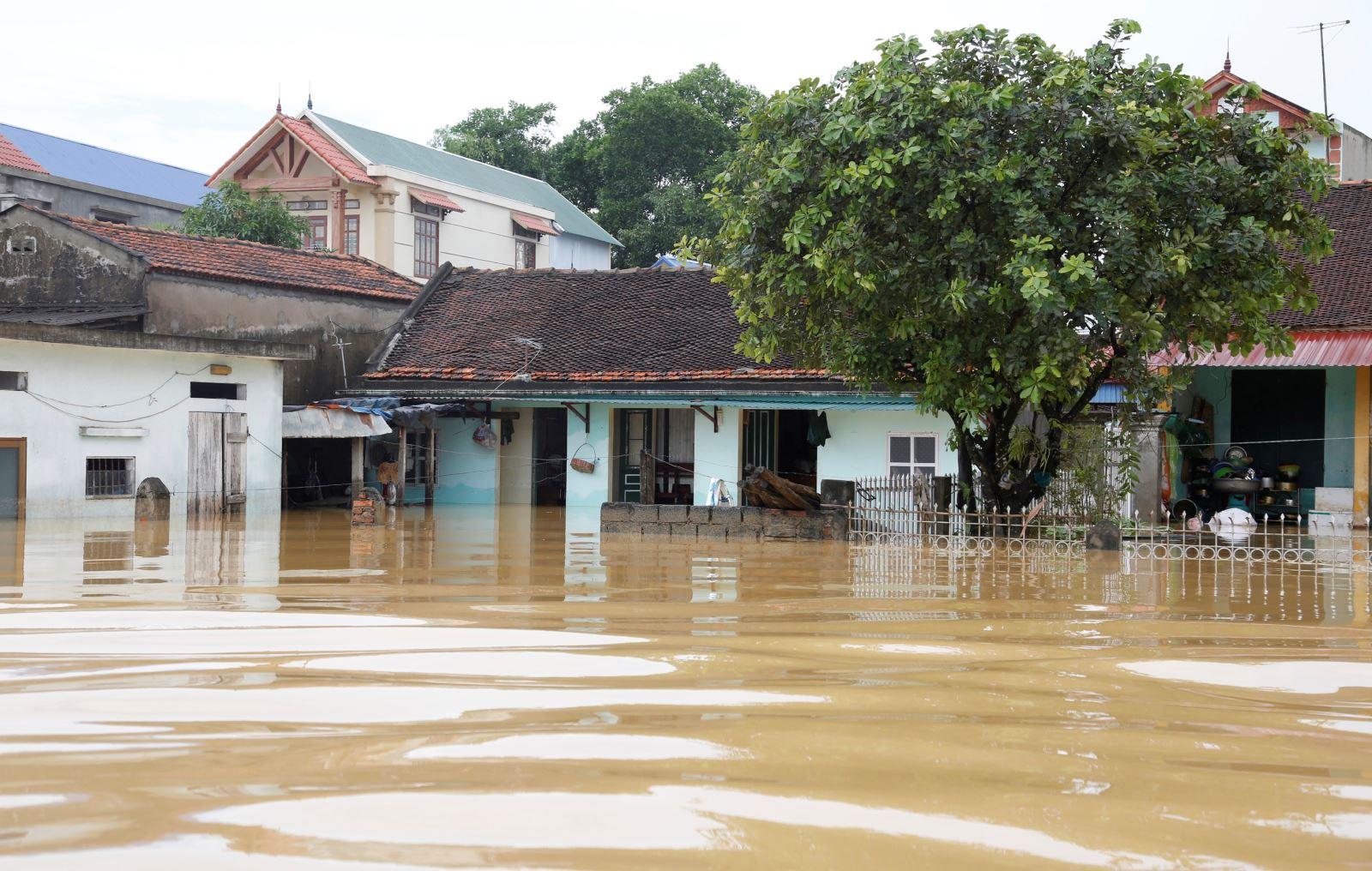 Hàng loạt hồ thủy điện xả lũ có ảnh hưởng đến vùng ngập lụt Chương Mỹ, Hà Nội?