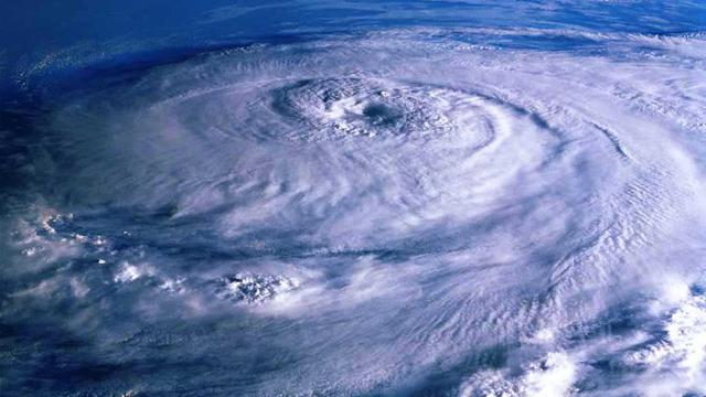 Tin cuối cùng về bão số 4: Trong 24 giờ tới, bão suy yếu và tan dần, Bắc Bộ và Bắc Trung Bộ mưa to đến rất to