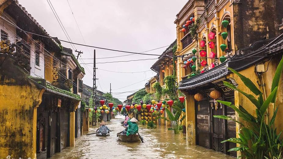 CẬP NHẬT: Bão số 6 Mangkhut đổ bộ Trung Quốc, mưa lớn bao trùm miền Bắc, lũ sông Hồng dâng cao báo động