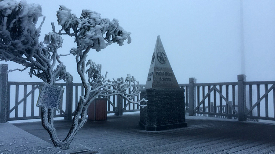 Sa Pa còn 3 độ C, đêm nay khả năng xuất hiện mưa tuyết hoặc băng giá