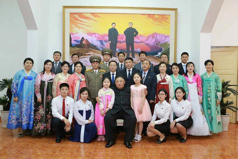 TRỰC TIẾP: Chủ tịch Kim Jong-un và Tổng thống Donald Trump sẽ ăn tối tại khách sạn Sofitel Legend Metropole
