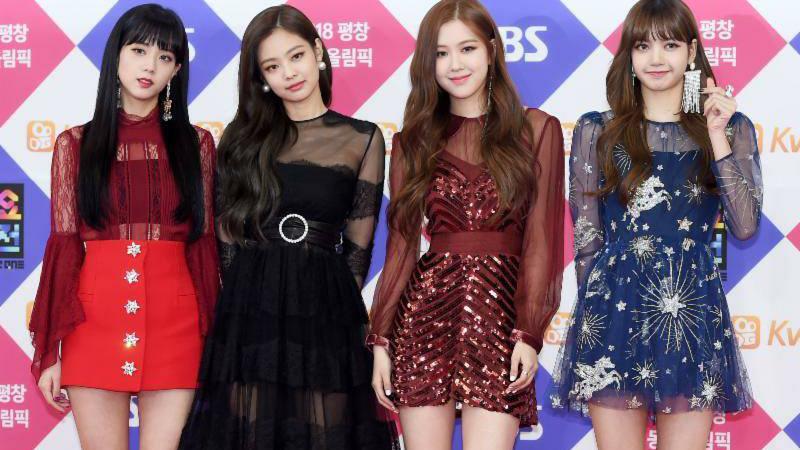 Blackpink, BLINK, Jennie, Lisa. Jisoo, Rose, Blackpink xinh đẹp tại sân bay, Blackpink lẳng lặng ra sân bay
