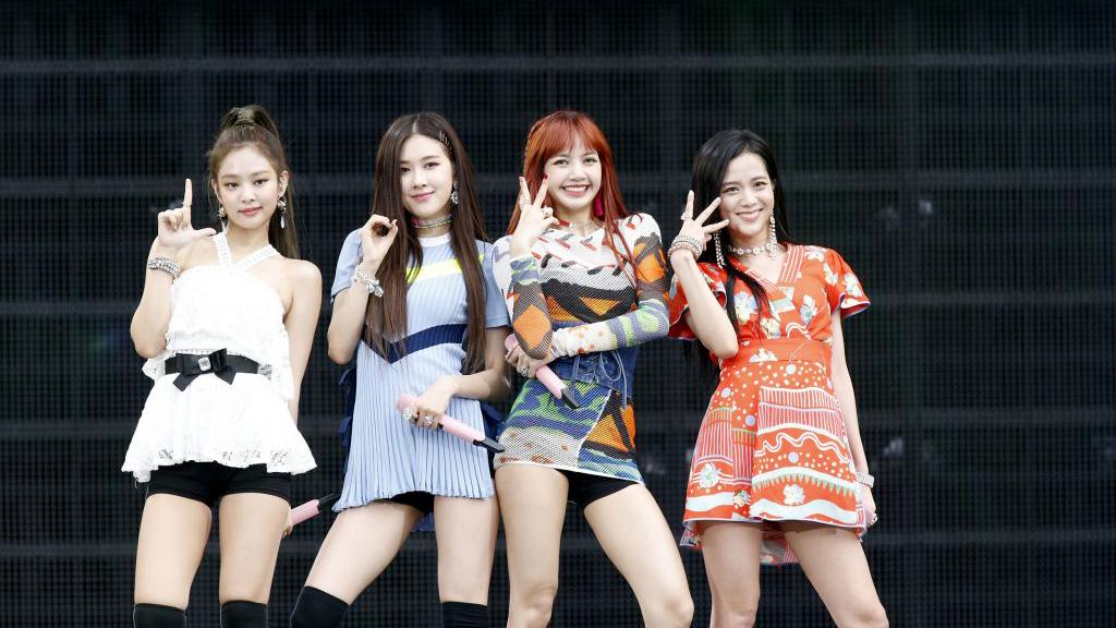 Blackpink, BLINK, Jennie, Lisa, Jisoo, Rose, Blackpink xinh đẹp tại sân bay, Blackpink lẳng lặng ra sân bay