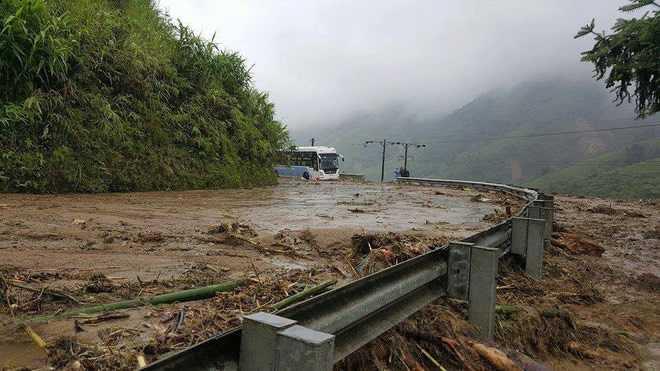 Dự báo thời tiết: Đợt mưa lớn ở vùng núi phía Bắc sẽ kéo dài đến ngày 25/7