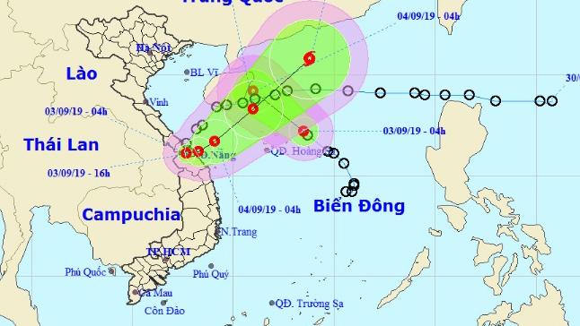 Áp thấp nhiệt đới liên tục đổi hướng, từ Nghệ An đến Thừa Thiên Huế mưa rất to