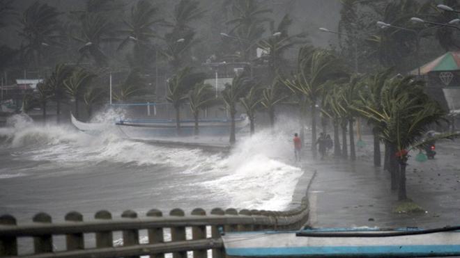 Bão số 6 'siêu mạnh' giật cấp 14 sẽ đổ bộ các tỉnh các tỉnh Quảng Ngãi-Khánh Hòa