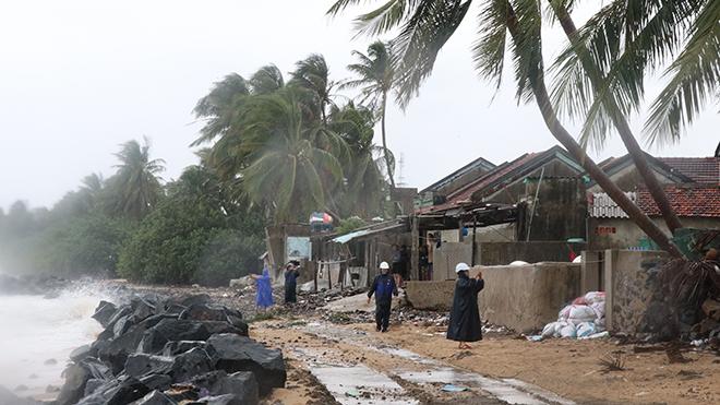 Bão số 6 suy yếu thành áp thấp nhiệt đới, mưa rất to trên diện rộng