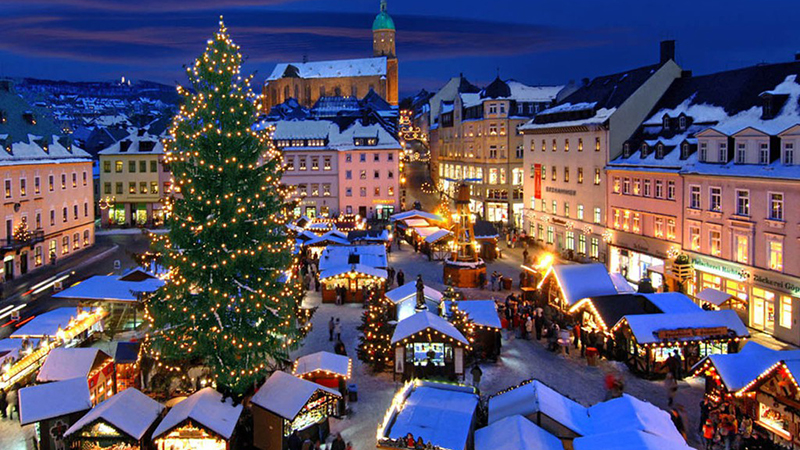 Vì sao Lễ Giáng sinh được tổ chức từ tối 24/12?