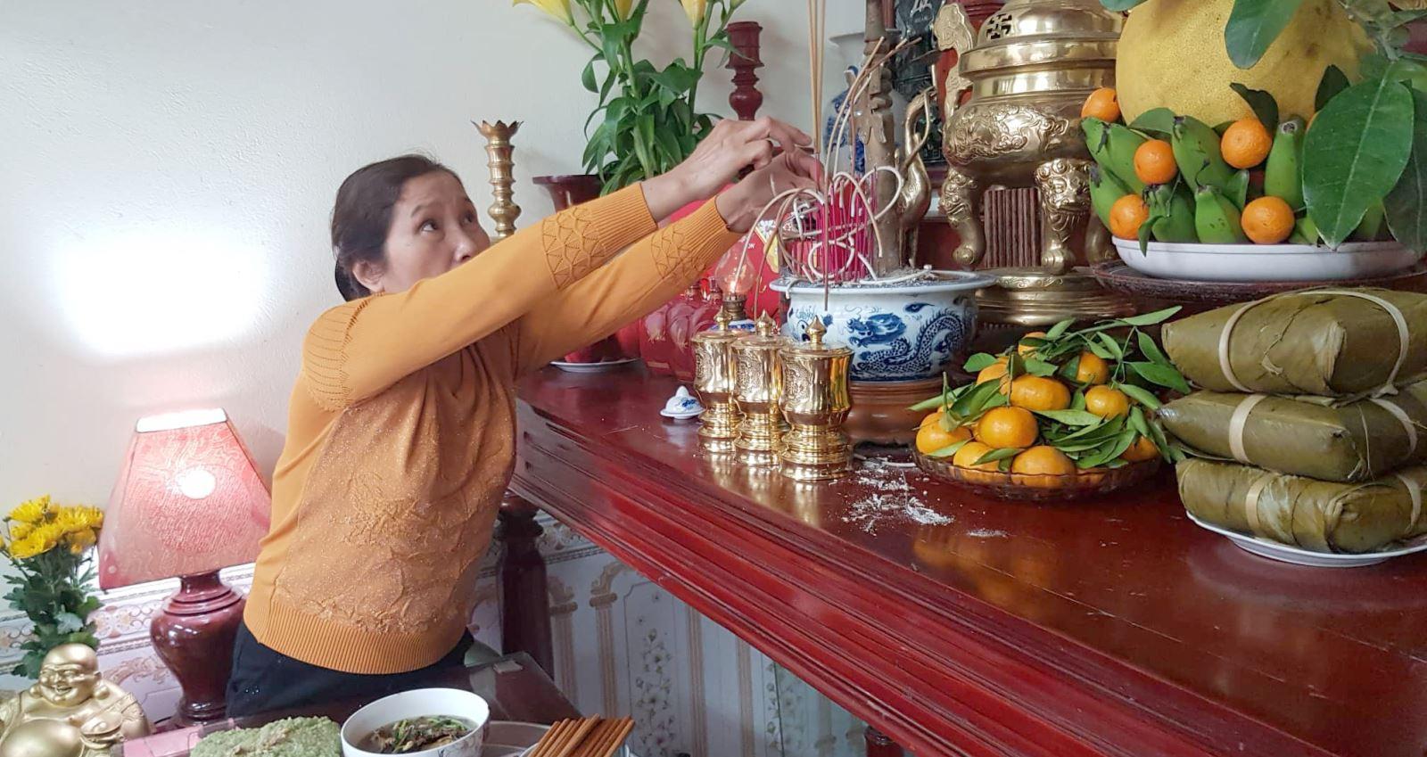 Cúng mùng 1 Tết Nguyên đán Canh Tý: Sửa lễ cúng và văn khấn tân niên
