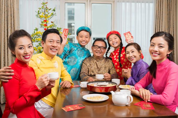 Tết Nguyên đán 2020, 30 Tết, Chúc mừng năm mới, Chúc mừng năm mới 2020, Chuyện ăn Tết, Nâng chén trà khơi nguồn Tết đoàn viên, chiều 30 tết, tết nguyên đán canh tý