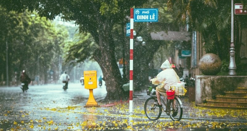 Dự báo thời tiết: Bắc Bộ mưa dông, đề phòng thời tiết nguy hiểm