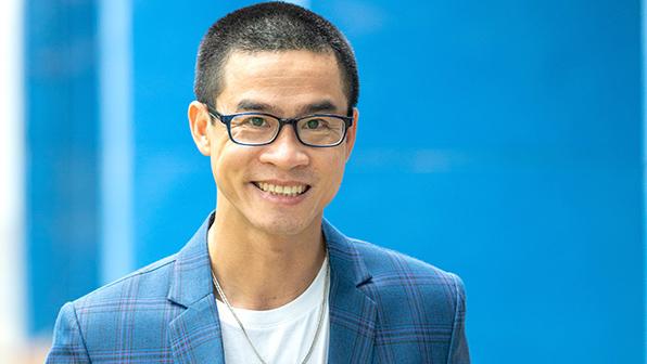Nhà thơ Nguyễn Phong Việt: 'Ai cũng cần những quãng lặng cho mình'