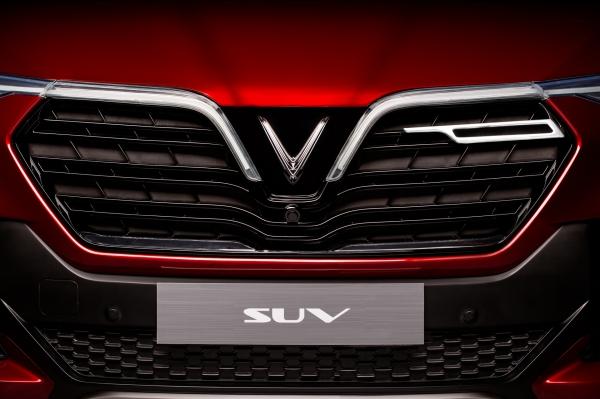 Trực tiếp ra mắt xe VinFast, Ra mắt xe VinFast, Xe VinFast, VinFast, Giá xe Vinfast, Phạm Nhật Vượng, David Beckham, Vingroup, Paris Motorshow, SUV VinFast, Sedan VinFast