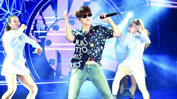 Sơn Tùng, Đông Nhi... khiến hơn 200.000 fan dậy sóng trong chuỗi đại nhạc hội 'khủng' nhất Việt Nam!