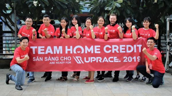 Hơn 1.000 nhân viên Home Credit tham gia chạy vì cộng đồng