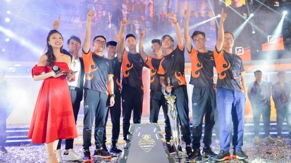 Thắng kịch tính Team Flash lần thứ 3 liên tiếp vô địch Liên quân Mobile