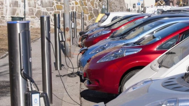Ô tô điện chiếm thế thượng phong nhanh hơn nhiều người nghĩ