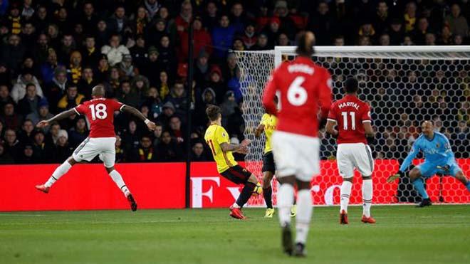 Mourinho: 'Lẽ ra M.U đã được hút xì gà ở Watford. Young đang đá hay hơn bao giờ hết'