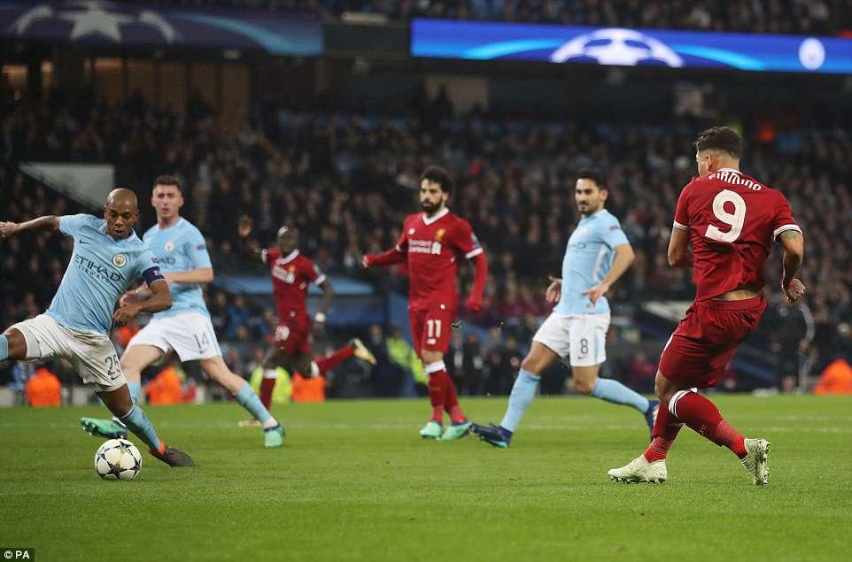 Video clip highlights bàn thắng trận Man City 1-2 Liverpool: Salah lại xát muối vào Man xanh