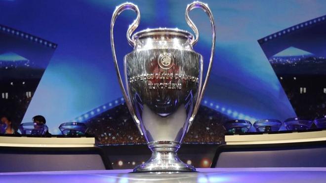 Vì sao Liverpool vô địch châu Âu thì Chelsea cũng không được dự Champions League?