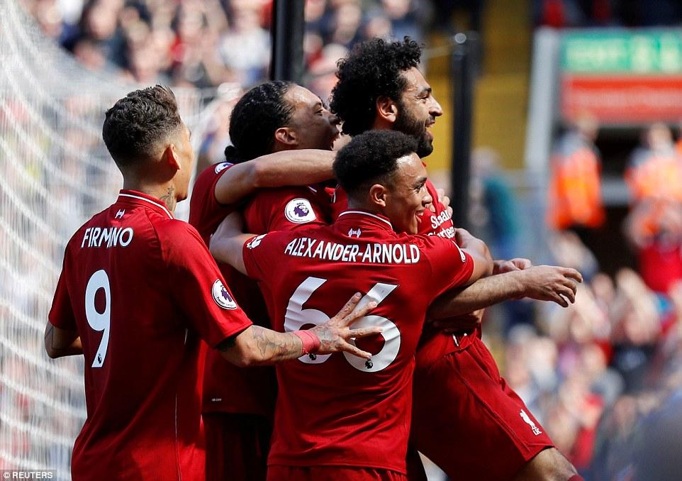 Video clip highlights bàn thắng Liverpool 4-0 Brighton: Salah giành Giày vàng, Liverpool vào Top 4