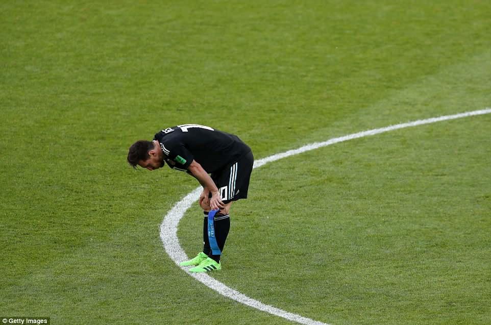 Video clip bàn thắng trận Argentina 1-1 Iceland: Messi tịt ngòi, hỏng penalty