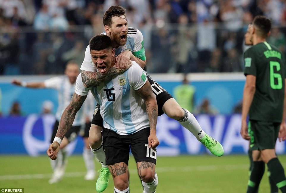 Video clip bàn thắng Nigeria 1-2 Argentina: Người hùng Marcos Rojo!