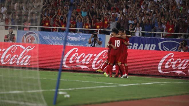ĐIỂM NHẤN U23 Việt Nam 1-1 U23 Uzbekistan: Văn Quyết mờ nhạt. Ông Park chưa thể làm mới