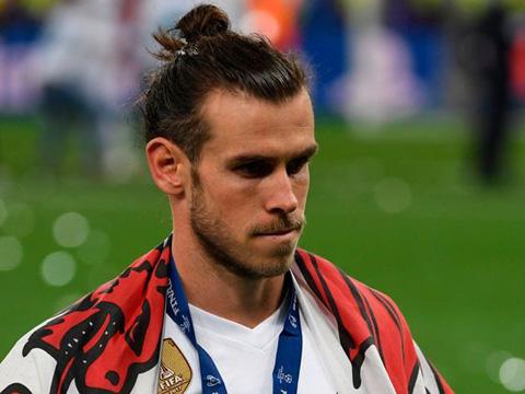CẬP NHẬT tối 18/9: M.U chơi thứ 'bóng đá khủng long'. Gareth Bale đá đểu Ronaldo