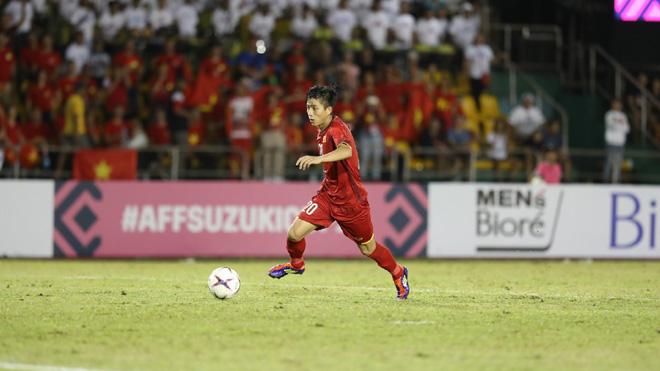 CẬP NHẬT tối 4/12: Cặp 'song Đức' của Việt Nam được săn đón. Chị gái ám chỉ Ronaldo mất Bóng vàng vì... mafia