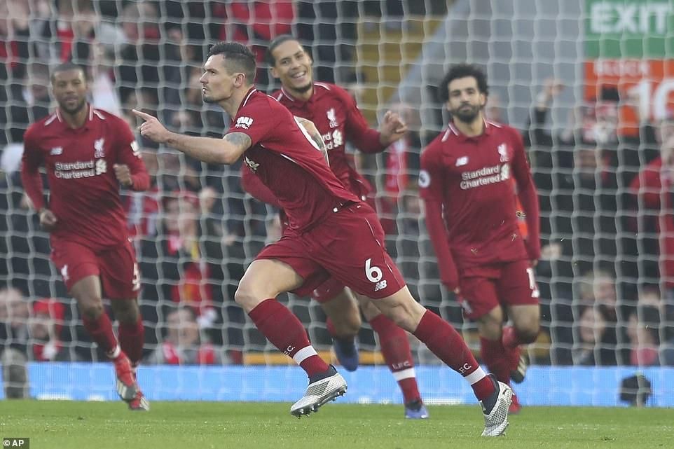 VIDEO Liverpool 4-0 Newcastle: 'The Kop' củng cố ngôi đầu bảng