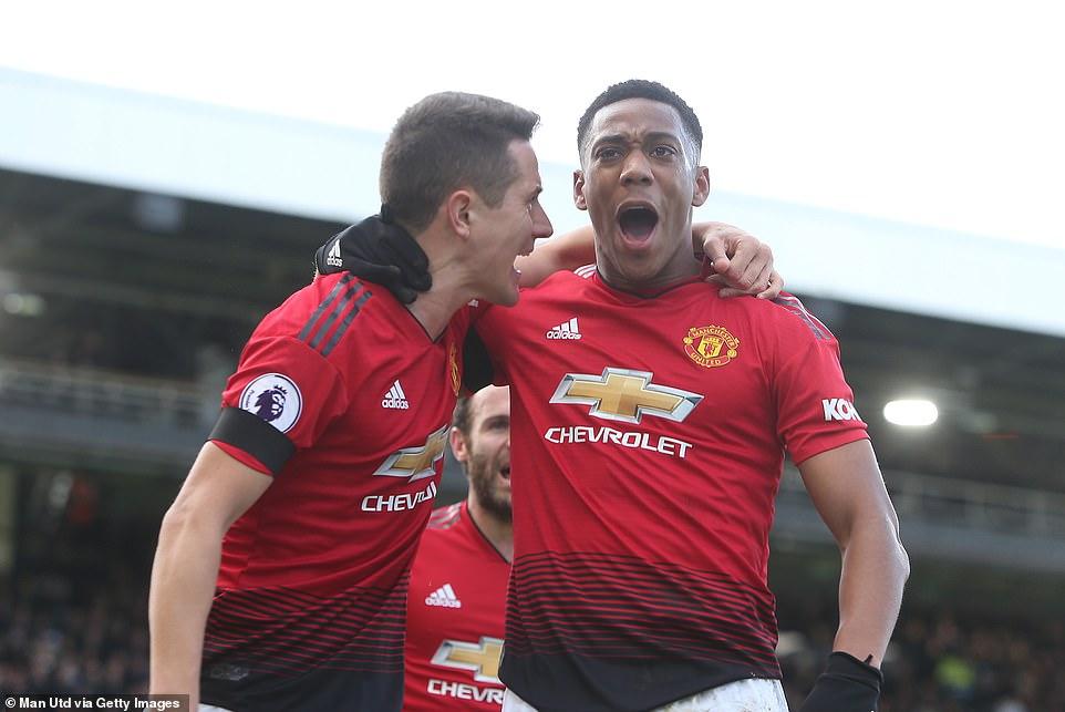 VIDEO Fulham 0-3 M.U: Cú đúp của Pogba đưa M.U vào Top 4