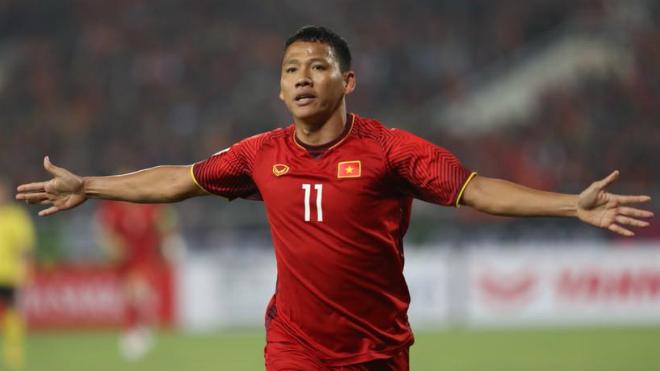 Thái Lan 0-1 Việt Nam: Anh Đức vẫn là 'gà son' của đội tuyển Việt Nam