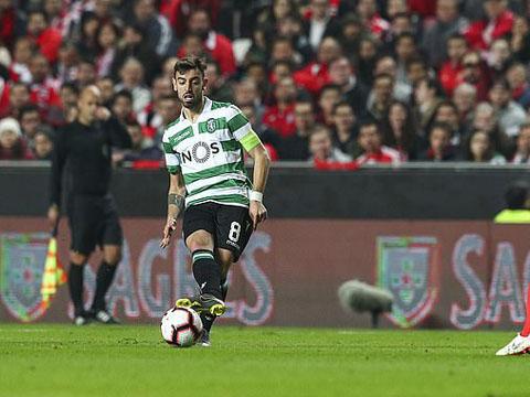CHUYỂN NHƯỢNG MU 23/7: Chủ tịch Sporting Lisbon lên tiếng về Fernandes. Đột phá lớn vụ Maguire