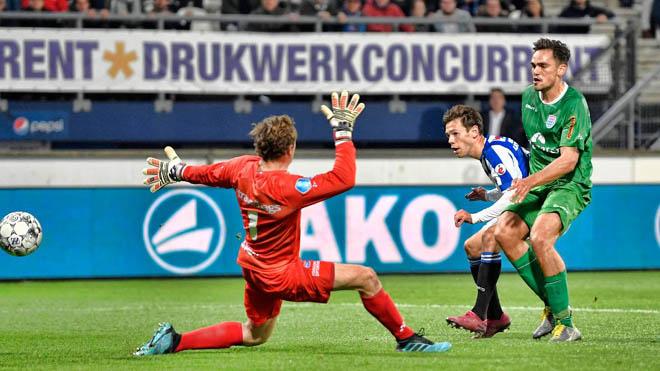 Đoàn Văn Hậu lại dự bị trong trận thắng thứ hai liên tiếp của Heerenveen