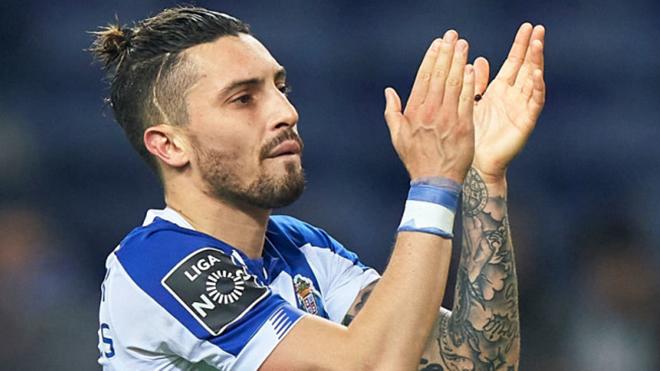 Chuyển nhượng MU 6/8: Nhắm hậu vệ siêu tấn công của Porto, chọn Coman thay Sancho