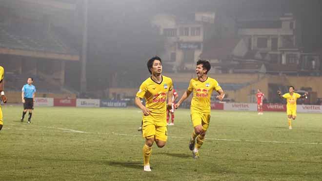 Điểm nhấn HAGL 3-0 TPHCM: Công Phượng lại là 'gà son', nỗi buồn Lee Nguyễn