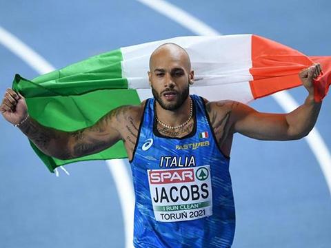 Marcell Jacobs của Ý bất ngờ giành HCV chạy 100m nam