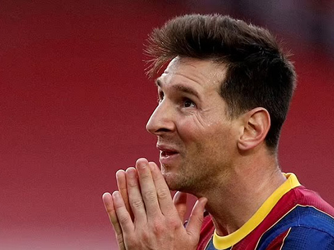 Lionel Messi sốc vì không thể ở lại Barca