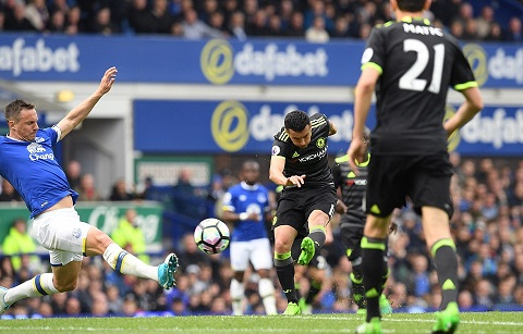 Pedro lập siêu phẩm mở tỷ số cho Chelsea